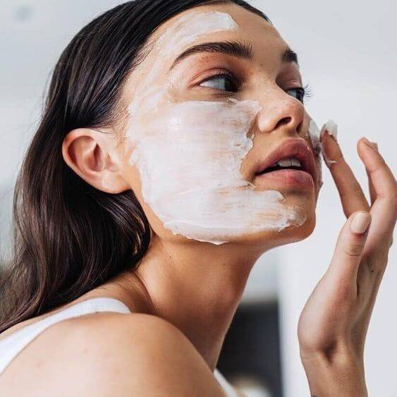 DO NOT LET THE PANDEMIC INDUCED ANXIETY AFFECT YOUR SKIN HEALTH AND OUTER GLOW